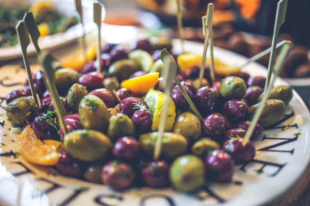 gezond & slank met keto recepten - olijven - de perfecte keto snack
