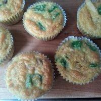 Keto kip-kerrie muffins